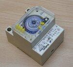 THEBEN SUL 186 hw timeranaloog 24UUR 45-60Hz 220-250VAC
