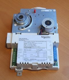 Schneider Electric MNL-V1RV3-2 regelaar