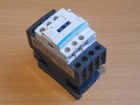 Schneider electric magneetschakelaar contacten LC1D128D7 42V 50/60HZ