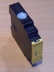 Moeller Veiligheid Relais voor E-Stop & Veiligheid Deur Monitoring ESR4-NO-31