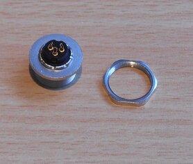 Binder 09-0408-80-03 Panel mount socket 3P