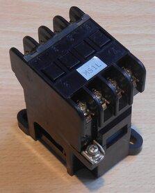 Fuji SRCa3631-0 magneetschakelaar 4a 110-120V relay