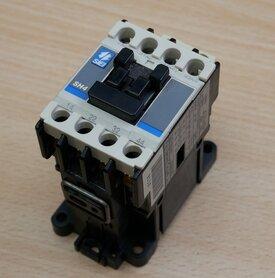 Fuji Electric SH4 magneetschakelaar 110/120V 10 2NO+2NC