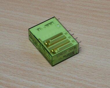 Elesta SIM222 24VDC beveiligingsrelais 8A/250V relais H300235