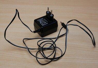 BML 163 018 R1B Originele voeding PI-41-130V 9V 600mA