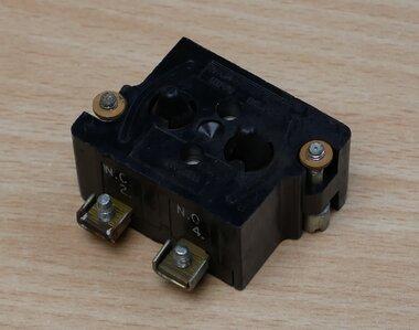 Cutler Hammer 10250T1 Contact Block 91000T