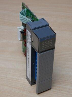 Allen Bradley 1746-IB16 PLC I/O Module 16 Inputs, 24 V dc, SLC 500