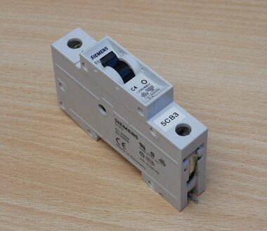Siemens 5SX21 C4 installatieautomaat 1P 230/400V 4A