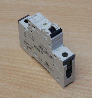 Siemens 5SY61 MCB C4 installatieautomaat 1P 4A