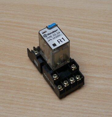 Finder 55.34 Steekrelais 250 V 5A, incl. Insteekvoet 403-263