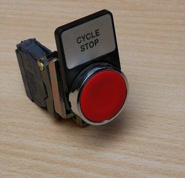 Telemecanique knop rood met ZBE-101 NO contact element