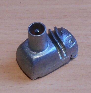 Televés Antenne stekker haaks male metaal KKW2000 413201