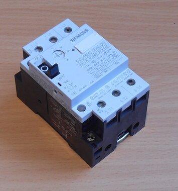 Siemens motorstarter protector 3VU13001MG00 1-1.6AMP 3P 690V 1NO 1NC