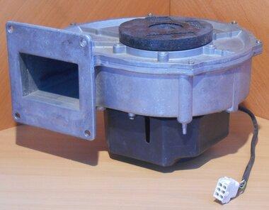 EBM ventilator G1G170-AA69-05 230 VAC 50HZ (185-245) 132W 4150 O/MIN