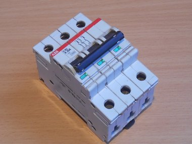 ABB S283 25A 3P installatieautomaat K25A