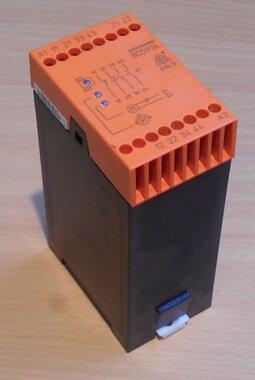 Dold stilstandbewaker relais 0046456 Type BD5936.17 AC50 60Hz 230V