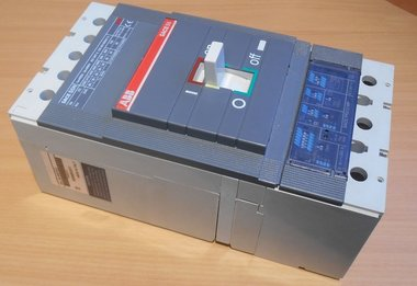 ABB SACE S5N 400 Amp circuit breaker 1SDA017717R0001 3P