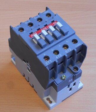 ABB  A26-30-10 Magneetschakelaar  220-230V 50Hz, 230-240V 60Hz 45A 3P 1NO