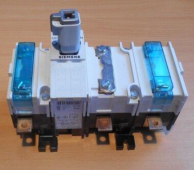 Siemens Indus. Sector lastscheiders 3KA5240-1AE01 IE 125A UE 690V 4p