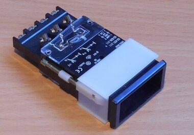 EAO 03-624.011 Drukknop Zonder toetsenplaat 2 voudig 24X48mm