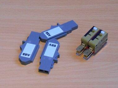 ABB Hulpcontacten voor Tmax T7M Emax X1 2W contacten 400 V AC 1SDA062102R1