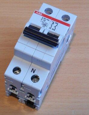 ABB S201-NA C10 Circuit breaker 1p + N 10A C cart 2CDS251103R0104