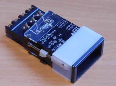 EAO 03-620.011 Drukknop Zonder toetsenplaat 2 wissel puls/houd