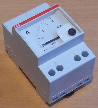 ABB AMT 1-5 Analoge amperemeter 5A directe meeting AC paneelbouw