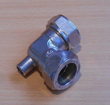 VSH Super 22x22 mm ontluchtingskoppeling haaks messing vernikkeld
