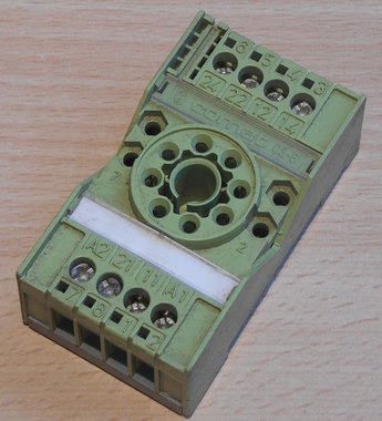 Comat CS-8 relaisvoet 11-Pin 10A / 250V AC