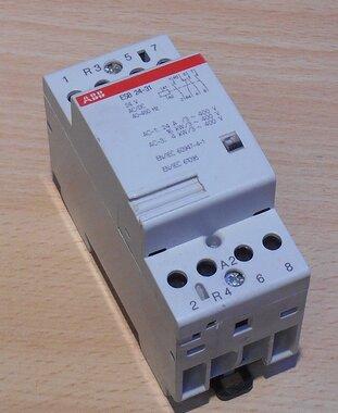 ABB ESB 24-31 magneetschakelaar 24V 3P 1NC