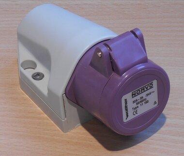 Walther 11150 wandcontactdoos 3/32A, 32A 3P 24V 0h IP44