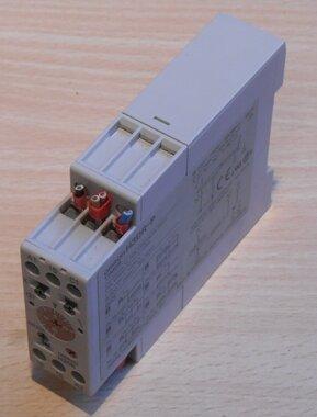 Omron H3DR-P timer 200-240V