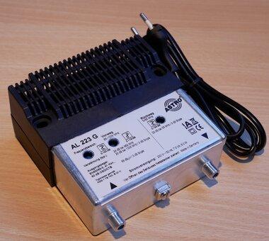 ASTRO AL 223 G Standaard Antenneversterker 21dB, 1 in en 1 uitgang 214228