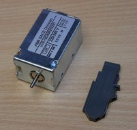 Abb 1SDA063552R1 Nulspanningsspoel voor tmax T7/T7M emax X1 220..240 V ac/DC