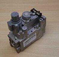 Honeywell V4600C 1193U Gasregelcombinatie Compact V4600C 1193 3 gasblok